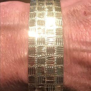 10K Y Gold Diamond Cut Wide Flexible Bracelet